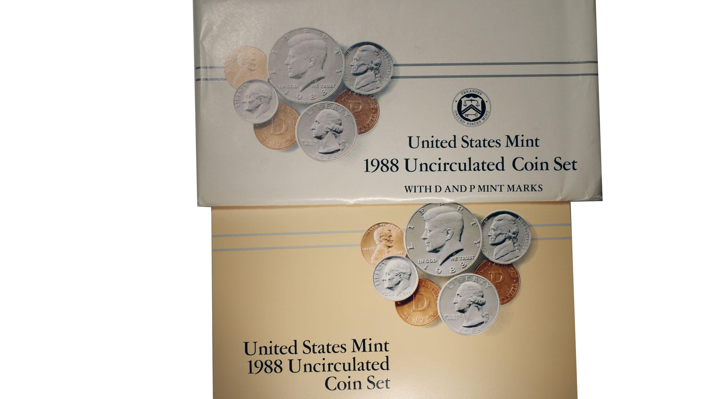 Brilliant Uncirculated US Coins in OGP W// Envelope /& COA 1988 P/&D Mint Set